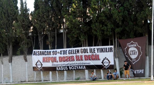 Altay Taraftarından Alsancak Protestosu