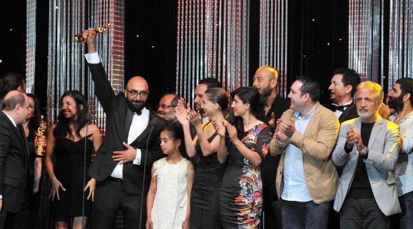Altın Portakal'da 'en İyi Film' Ödülü Bölünmeyecek