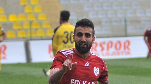 Altınordulu Gökhan Resmen Trabzonspor'da (ek Fotoğraflar)