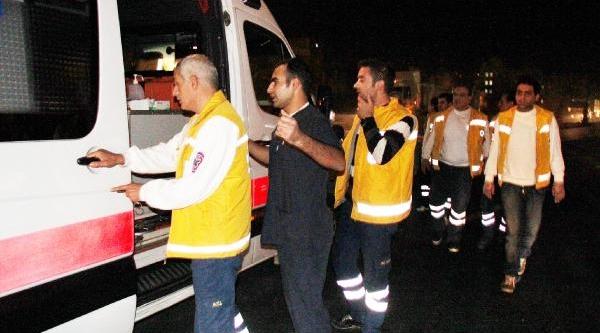 Ambulansla Otomobil Kafa Kafaya Çarpişti: 7 Yarali