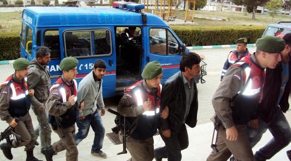 'amonyum Nitrat'lı Defineciler Tutuklandı - Ek Fotoğraf