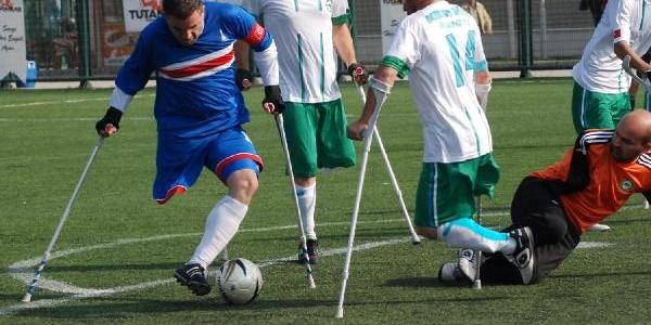 Ampute Futbolda Izmir Büyükşehir Şov Yapti 11-0