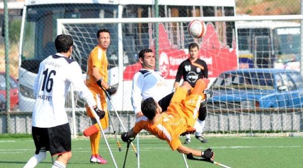 Ampüte'de Istanbul Yeditepe Antalya'yi 3-1 Yendi