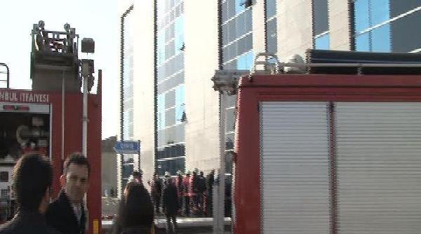 Anadolu Adalet Sarayı'nda Yangın (1)