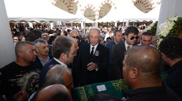Anadolu Grubunun Kurucusu İzzet Özilhan Toprağa Verildi