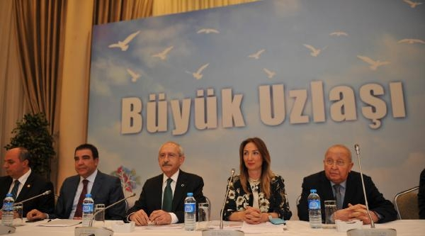 Ankara'da 'büyük Uzlaşı' Toplantısı