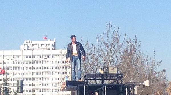 Ankara'da 'canlı Bomba' Paniği