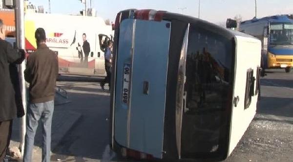 Ankara'da Yolcu Minibüsü Kaza Yapti; 6 Yarali