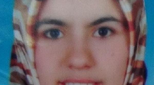 Anne Öldü, 3 Yaşindaki Oğlu Yarali Kurtuldu