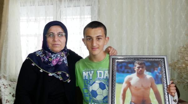 Anne Remziye Atlı: Fatih'i Kırkpınar'a Gönderirken Hissetmiştim