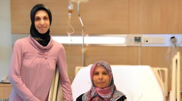 Anneler Günü'nde Annesine Karaciğeri İle Hayat Verdi