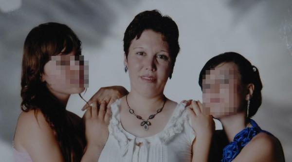 Annelerini Öldüren Kız Kardeşlere Rapor Alınacak