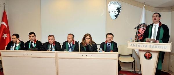 Antalya Barosu Başkani Bacanli: Yasama Ve Yargi, Yürütmenin Kuşatmasinda