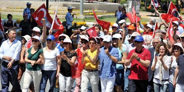 Antalya'da 1 Mayis Yürüyüşünün Tek Saniği Üniversite Öğrencisi