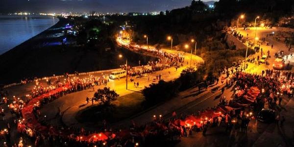 Antalya'da Coşkulu Cumhuriyet Kutlamasi (4)