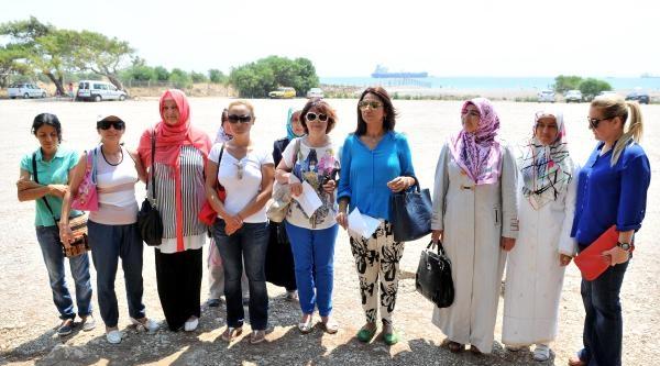 Antalya'da 'kadınlar Plajı'na Tepki De Destek De Var