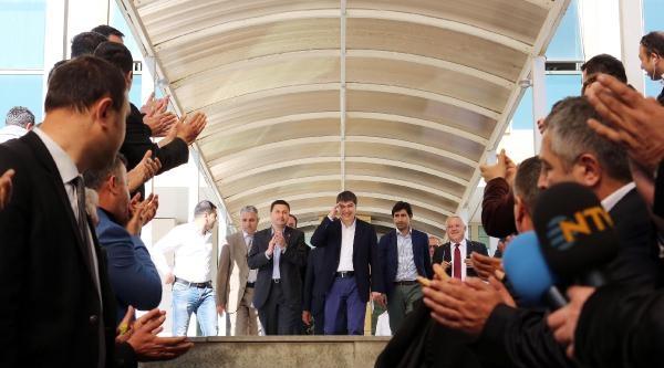 Antalya'da Nefes Kesen Seçimi Ak Parti Adayı Türel Kazandı (2)