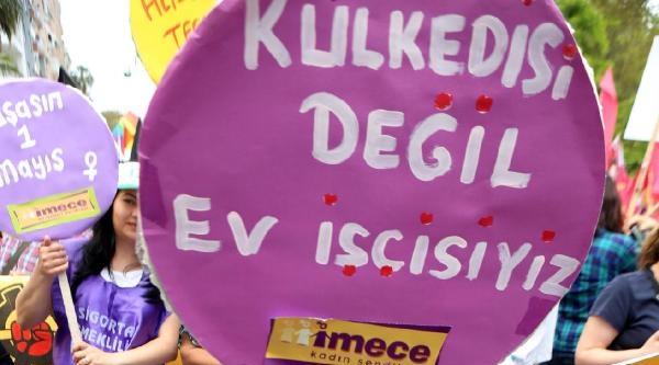 Antalya'da Renkli 1 Mayıs Kutlaması