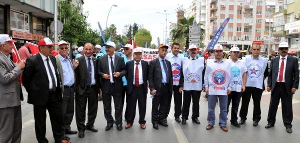 Antalya'da Renkli 1 Mayıs Kutlaması (2)