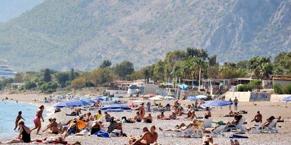 Antalya'da Yaz Günlerini Aratmayan Sohbahar Güneşi