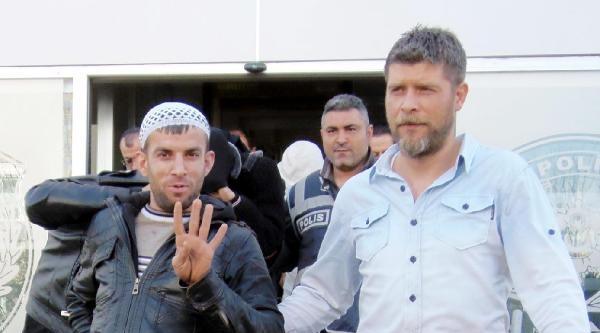 Antalya'daki Fuhuş Operasyonunda 48 Gözaltı