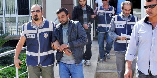 Antalya'daki Uyuşturucu Operasyonunda 3 Gözalti