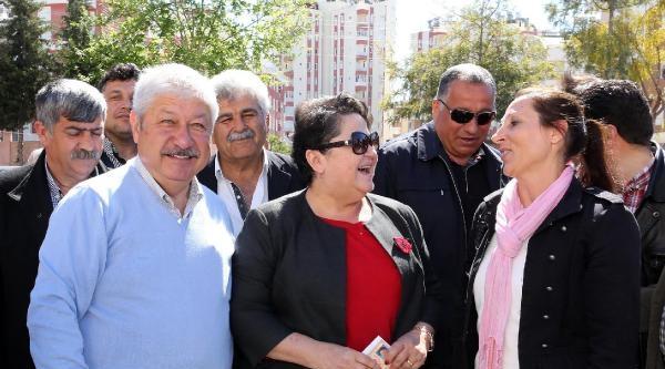 Antalya'nın Büyükşehir Adayları Oy Kullandı