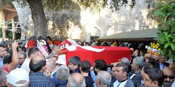 Antalya'nin Ünlü Lokantacisi Kanserden Öldü (2)