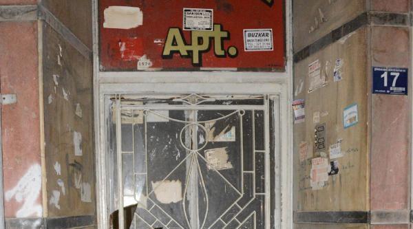 Apartmana Kilit Vuruldu, Klp Hastası Mahsur Kaldı