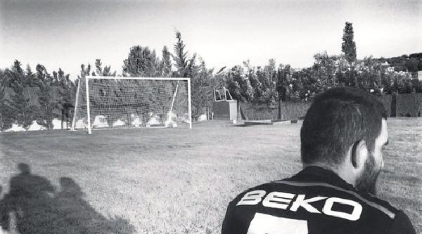 Arda Turan'dan Beşiktaş'a Destek