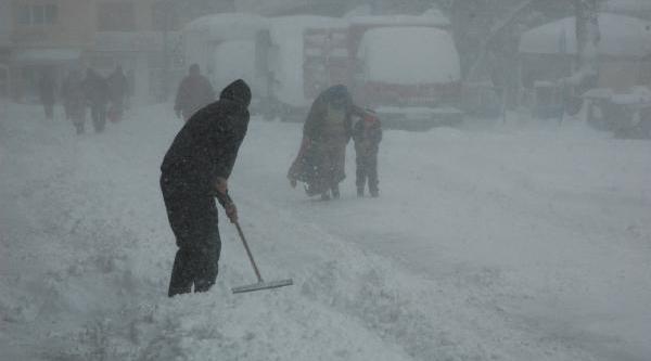 Ardahan'da 49 Köy Yolu Kardan Kapandi