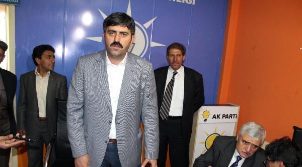 Ardahan'da Ak Parti Yönetimi İstifa Etti