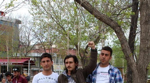 Ardahan'da Deniz Gezmiş Ve Arkadaşlarına Anma