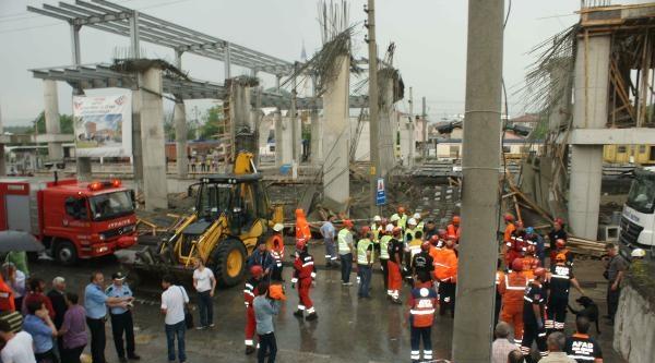 Arifiye'de Yüksek Hızlı Tren İstasyonu İnşaati Çöktü: 6 Yaralı (2)- Yeniden