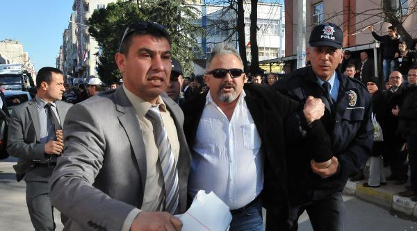 Arınç'ı Protesto Eden Gösterici Serbest Bırakıldı