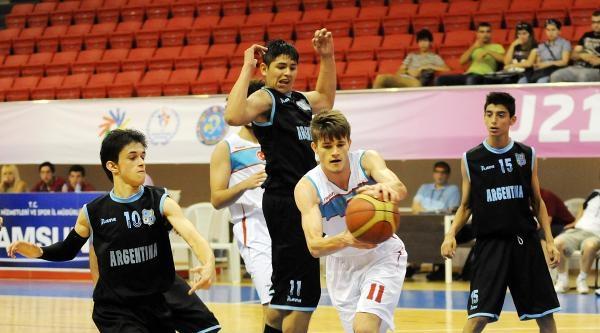Arjantin'e Fark Atan Millilerimiz Yarı Finalde