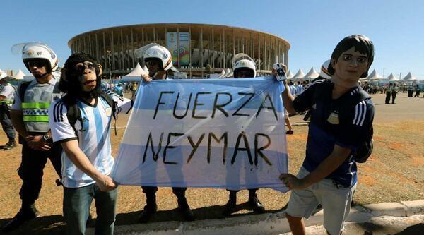 Arjantinli Taraftarlardan Neymar'a Destek