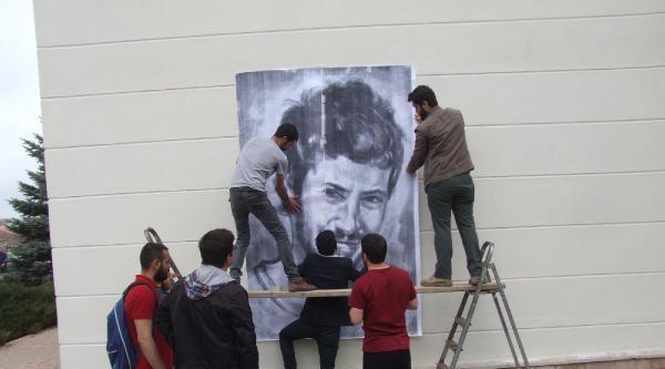 Arkadaşları, Ali İsmail'in Portresi Yeniden Yaptı