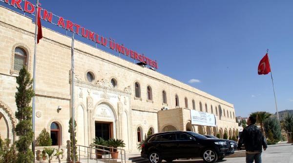 Artuklu Üniversitesi'ne 'ihalede Yolsuzluk' Operasyonu: 4 Kişi Gözaltında