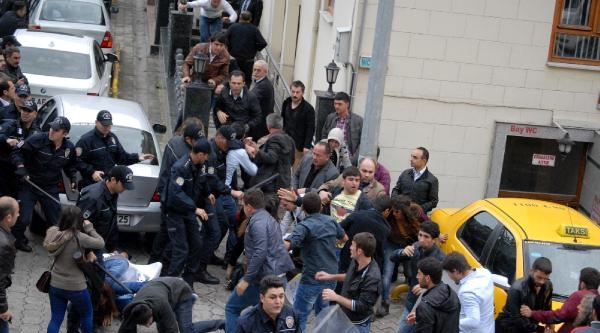 Artvin'de Soma Protestosuna Polis Müdahalesi