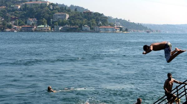 Aşırı Sıcaklar İstanbullulari Bunalttı