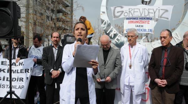Asistan Doktorlardan Kadro Eylemi