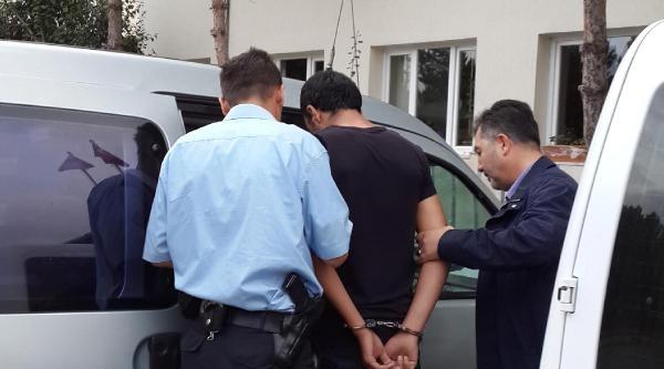 Askerden Firar Etti, Otomobil Çaldi, Tecavüz Etti, Kız Kaçırmak İstedi