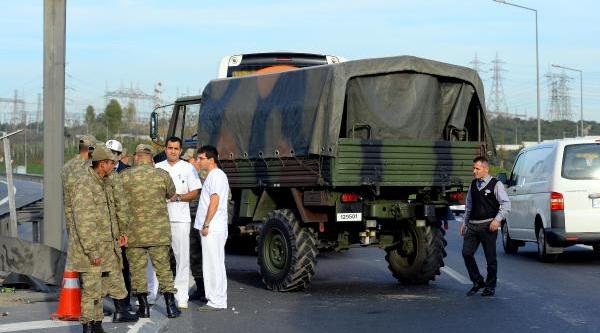 Askeri Araç Kaza Yapti: 2 Asker Yarali