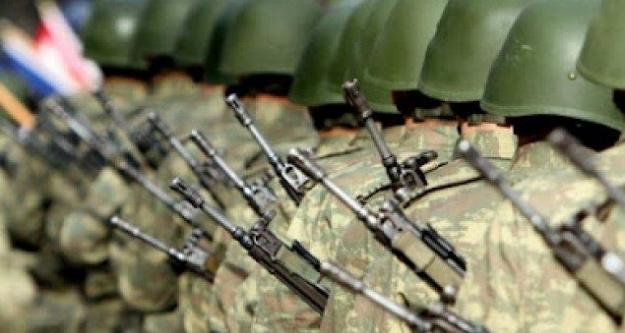 Askeri kışlada oral seks skandalında şok karar!