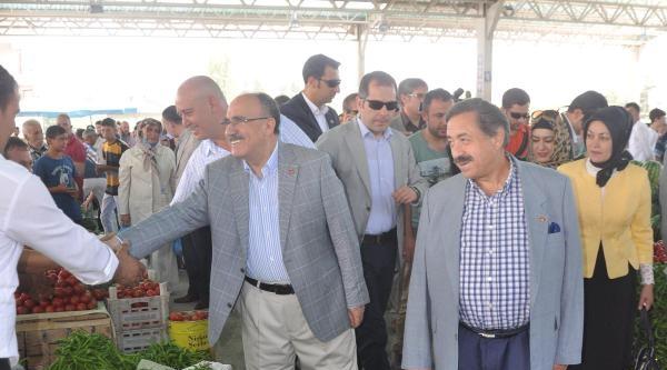 Atalay: Suriyeli Kardeşlerimizi Cami Önünde Dilencilik Yaparken Görmekten Üzülüyoruz