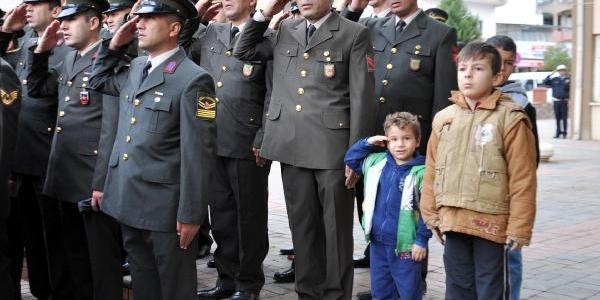 Atatürk, Gaziantep'te Anildi (2)