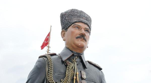 Atatürk Ve Silah Arkadaşlarına Ziyaretçi Akını