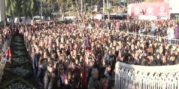 Atatürk, Vefatinin 75'inci Yildönümünde Dolmabahçe'de Anildi