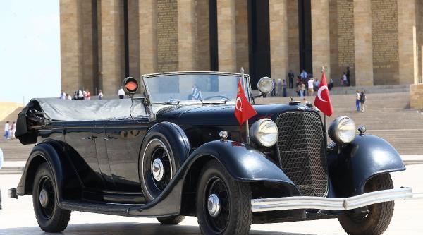 Atatürk'ün 80 Yıllık Makam Otomobili 58 Yıl Aradan Sonra Törenle Bakıma Gönderildi
